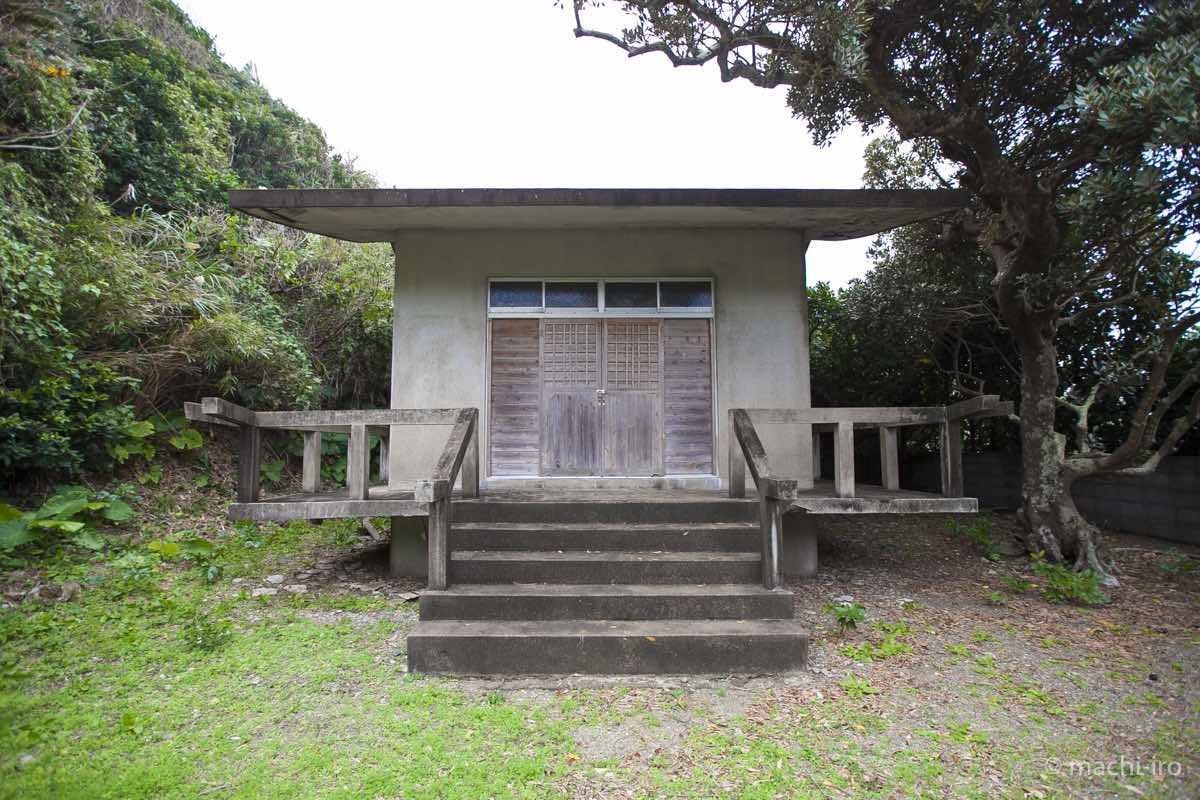 有良厳島神社社殿写真