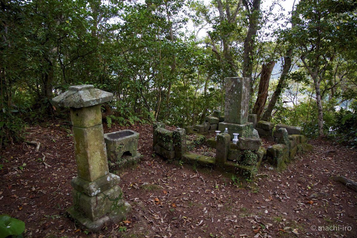 有盛墓碑全景写真