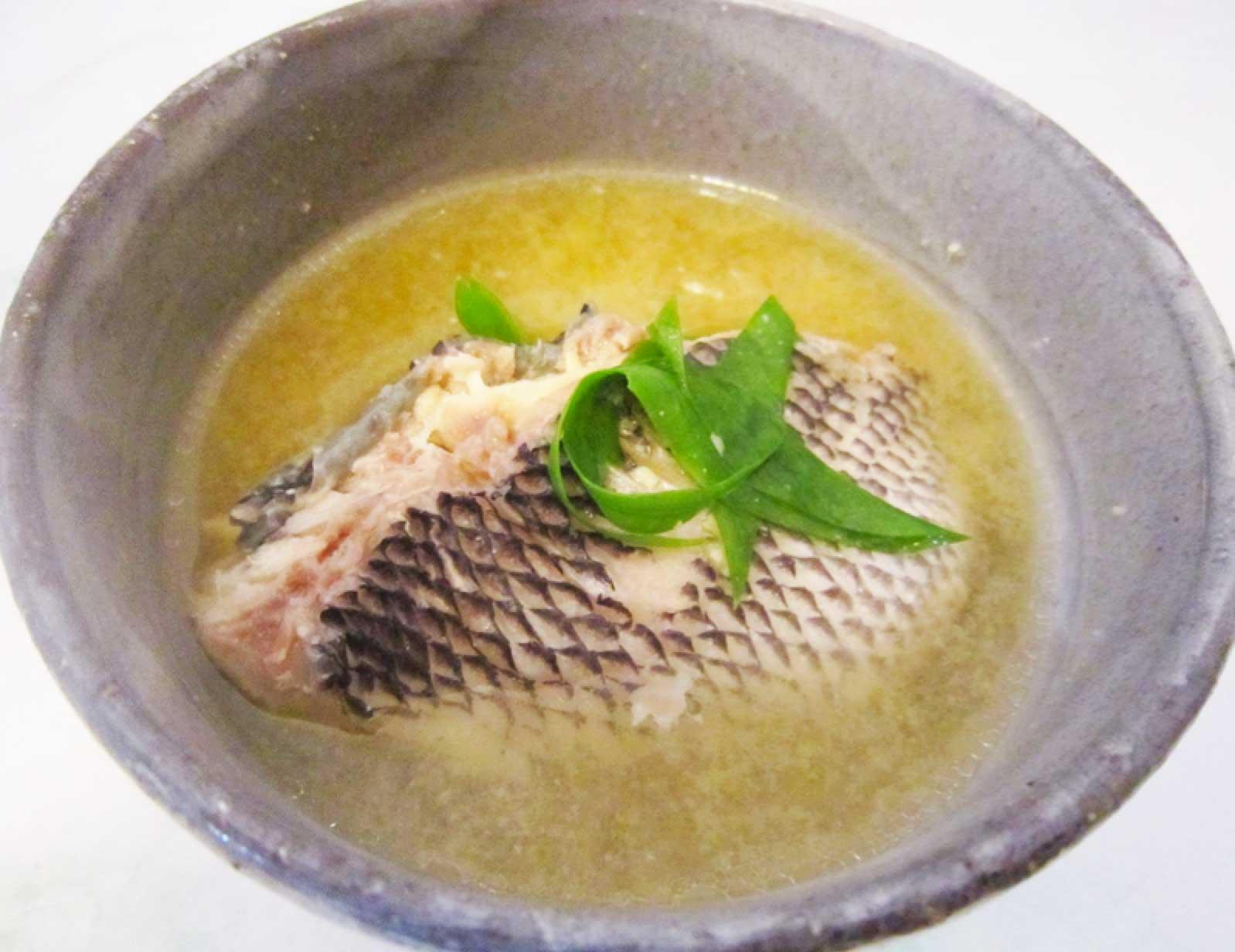魚汁 写真