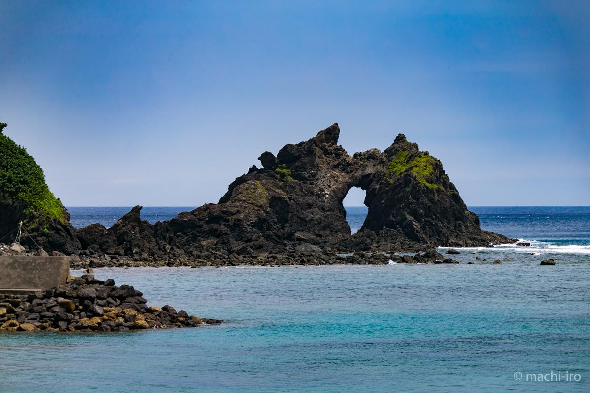 トゥルス奇岩 写真