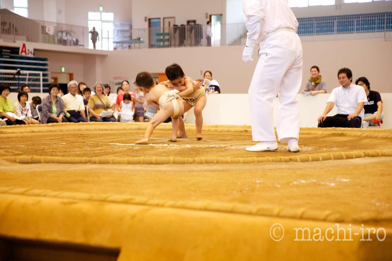 奄美探訪35-相撲 ©まちいろ